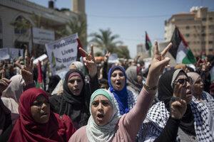 Palestínčania protestujú proti anexii.