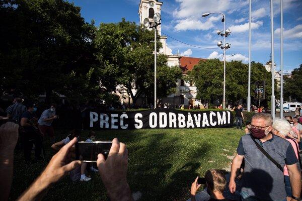 Protest proti Kollárovi v Bratislave.