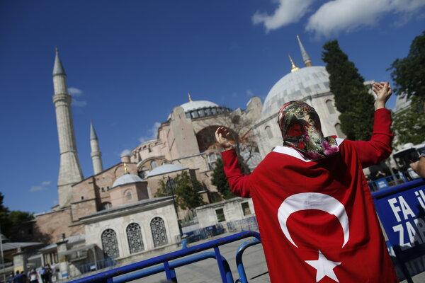 Turecký najvyšší správny súd anuloval nariadenie z roku 1934, na základe ktorého sa bazilika Hagia Sofia stala múzeom.