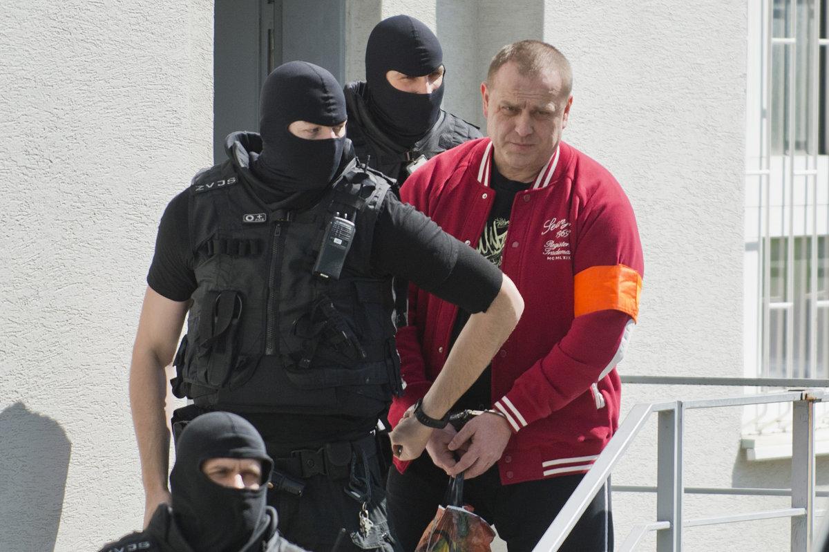 Súd v Pezinku schválil sýkorovcovi Borbélymu dohodu o vine a treste - SME