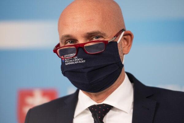 Minister školstva Branislav Gröhling (SaS).