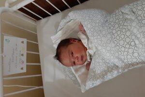 Karolína Bieliková (3640 g, 50 cm) sa narodila 22. mája Alžbete a Martinovi z Krajného.