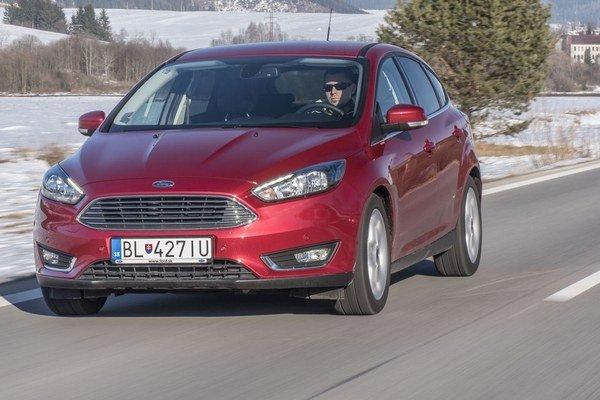 Ford Focus prešiel podstatnejšími zmenami ako je zmena prednej masky.