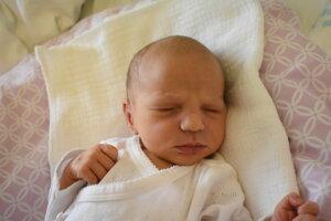 Zara Kiačiková (2830 g, 49 cm) sa narodila 12. júla Žanete a Martinovi z Horného Srnia.