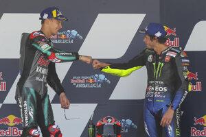 Fabio Quartararo (vľavo) a Valentino Rossi.