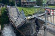 Spadnutý most v Spišskej Novej Vsi.