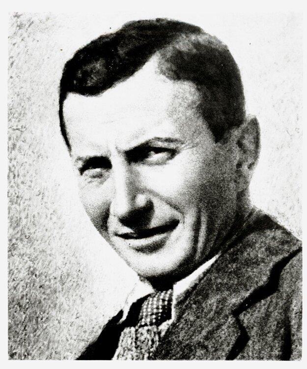 Zolo Palugay.