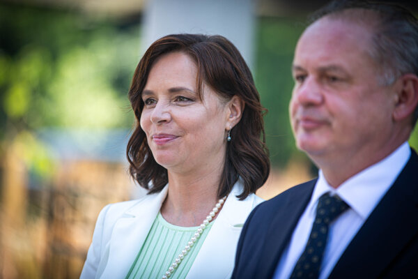 Nová predsedníčka Za ľudí Veronika Remišová a bývalý predseda Andrej Kiska.