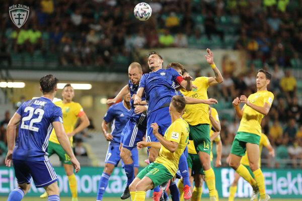 Záver zápasu priniesol viacero šancí domácich, Žilinčania však žiadnu z nich nepremenili na gól.