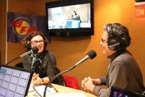 Viktória Laurent-Škrabalová vo francúzskom rádiu.