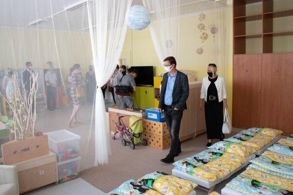 V objekte Základnej školy Na Hôrke oficiálne otvorili materskú školu.