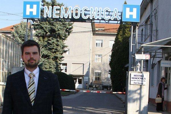 Riaditeľ nemocnice Martin Cimrák potvrdil, že inštitúcia bude žiadať od mesta viac peňazí. Doteraz dostala oveľa nižší príspevok ako vlani.