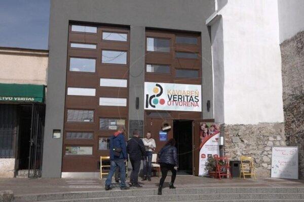 Premiéra sa uskutoční v kultúrnom centre Veritas.