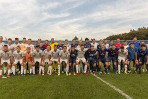 Spoločná fotografia MFK Zvolen a FC Nitra.