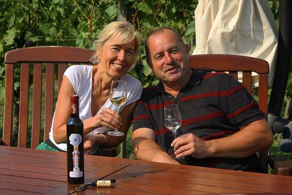 Manželia Ostrožovičovci sú rozdielne osobnosti, ale vďaka tomu podľa nich napredujú tak v súkromí, ako aj vo firme.