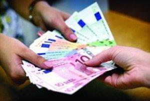 Mzda oproti vlaňajšku stúpla o viac ako 5 %.