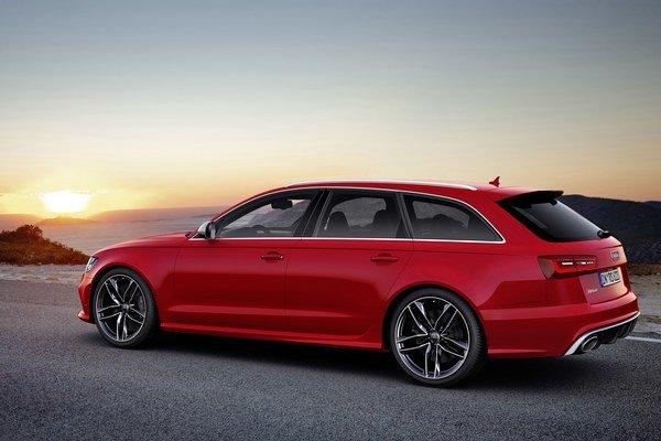Karoséria Audi RS 6 Avant je z 20% zo zliatin hliníka. Zvyšok je vysoko-pevná oceľ.