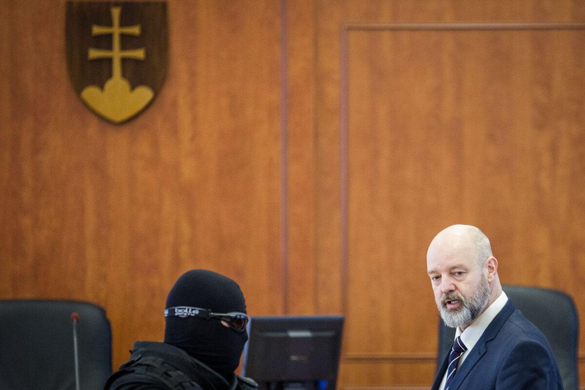 Rusko sa opäť postaví pred súd v kauze objednávky vraždy Volzovej - SME