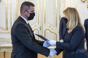 Robert Šorl počas jeho vymenovania za sudcu Ústavného súdu SR prezidentkou Zuzanou Čaputovou.