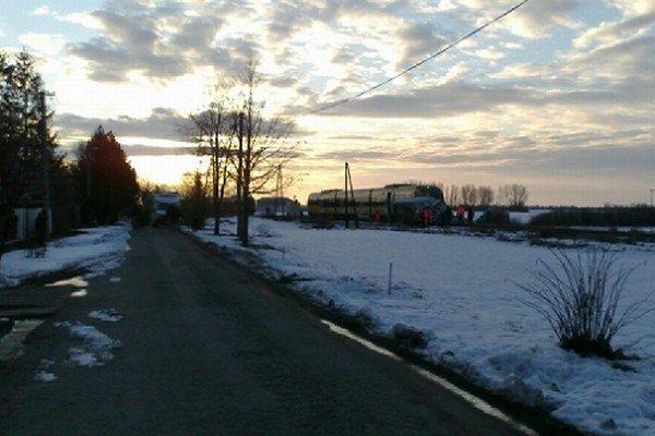 Vlak sa zrazil s dodávkou.