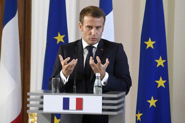 Macron podporil Arménsko v konflikte na Náhornom Karabachu