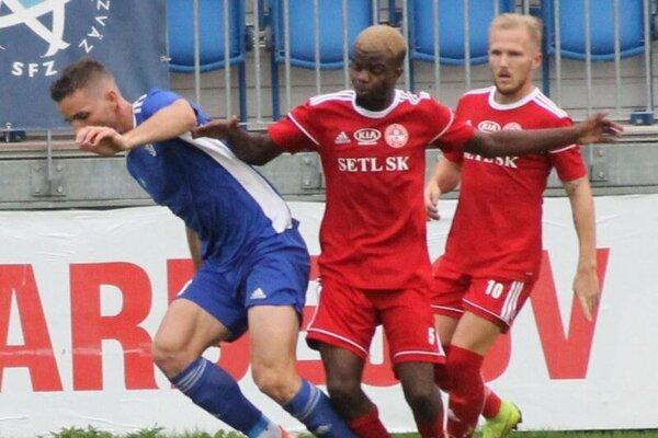 Noví bardejovskí hráči zasiahli cez víkend do zápasu s Dubnicou.