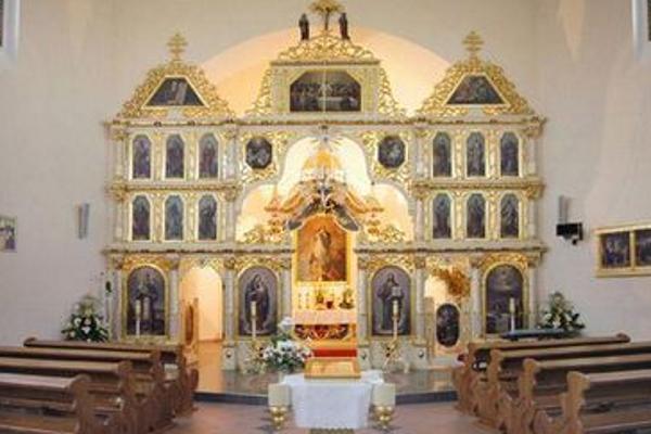 Zatvorený je aj chrám v pôsobnosti gréckokatolíckej farnosti Zosnutia Presvätej Bohorodičky vo Vranove nad Topľou-Čemernom.
