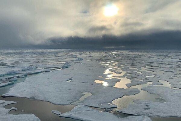 Pohľad na Severný pól z výskumnej lode Polarstern.