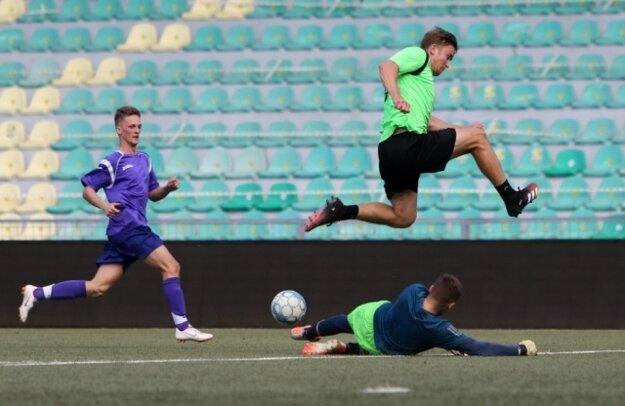 Futbalové stretnutia prebiehali na štadióne MŠK Žilina.  Hráči UNIZY skončili na tretej priečke.