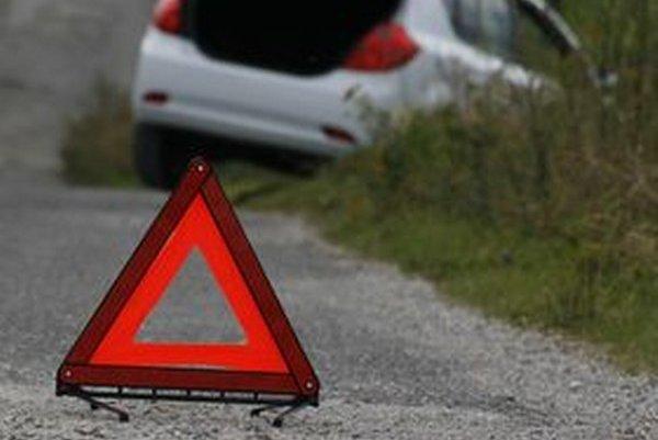 Ak sa stane nehoda bez vášho zavinenia, musíte počítať s tým, že za opravu auta si sčasti zaplatíte z vlastného vrecka alebo z havarijného poistenia.