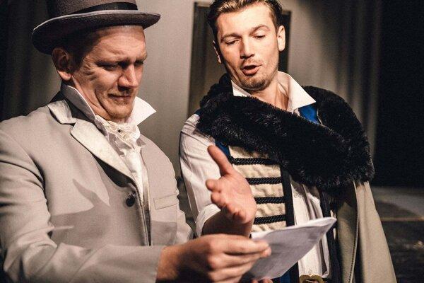 Nová hra v repertoári Divadla Alexandra Duchnoviča Aj múdry schybí.