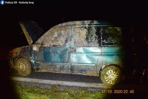 Vodič sa pri nehode nezranil.