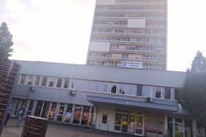 Fakultná nemocnica s poliklinikou v Nových Zámkoch
