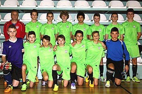 Starší žiaci FA ViOn Nitra U15.