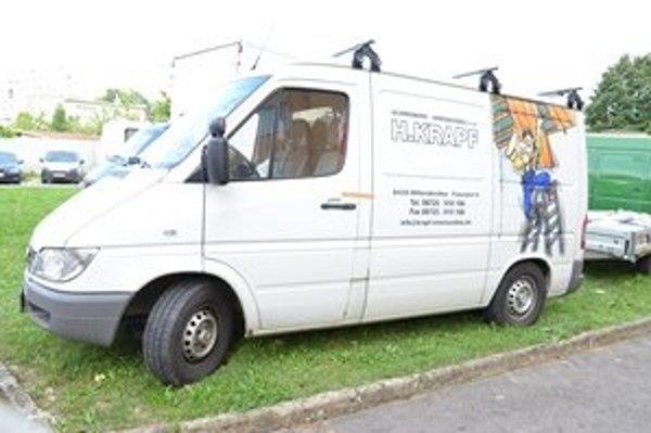 Jedno z ukradnutých vozidiel v Nemecku nájdených v Michalovciach.