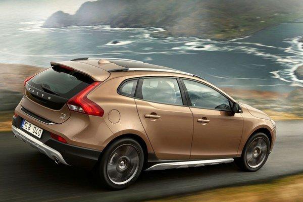 Nové Volvo V40 Cross Country zvýšilo použiteľnosť modelu V40