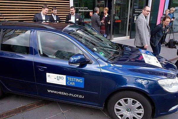 Testovacie vozidlo Škoda Octavia – českej národnej implementačnej skupiny.