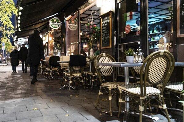 Prázdna reštaurácia v centre Štokholmu.