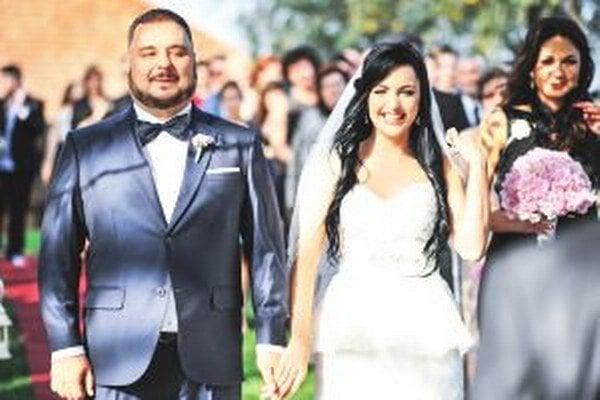 Jedenásty október bol pre Kulyho a Luciu tým najkrajším dňom. Vzali sa po päťročnej známosti.