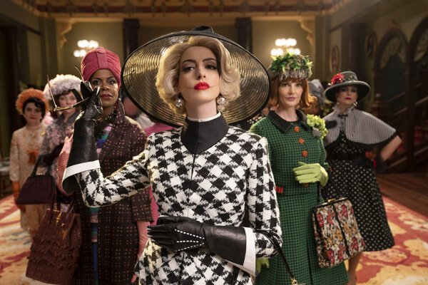 Anne Hathaway vo filme Čarodejnice.