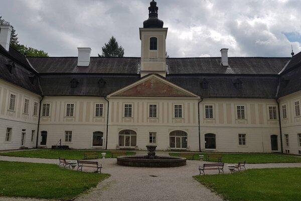 Kaštieľ vo Sv. Antone.