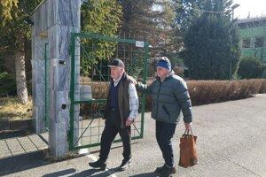 Výdaj stravy pre dôchodcov v meste pozastavili do odvolania.