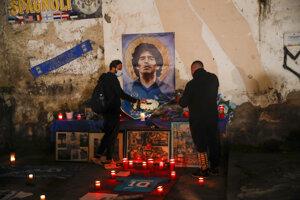 V Argentíne, a nielen v Argentíne, sa lúčia s Diegom Maradonom.
