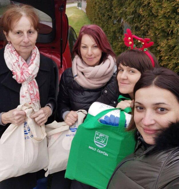 V Malom Čepčíne myslia na seniorov. Na Vianoce dostanú darčeky najmä tí, ktorí sú osamelí.