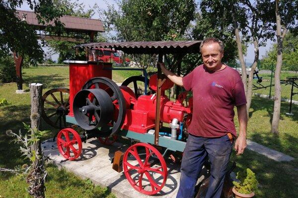 Zakladateľ roľníckeho skanzenu Vladimír Luštík.