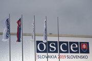 Logo organizácie OBSE počas slovenského predsedníctva.
