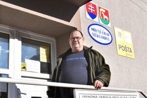 Starosta Veľkej Lodiny Ján Lukáč sa hnevá na byrokraciu.