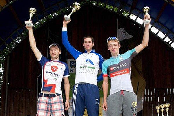 Traja najlepší cyklisti v hlavnej kategórii.