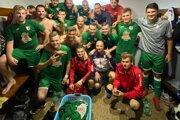 Mužstvo Nededze po výhre na ihrisku Považského Chlmca (2:0).