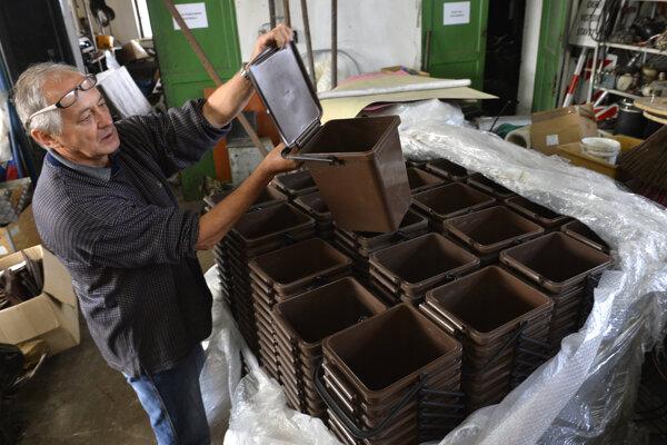 Samospráva musí od januára vytvoriť podmienky na triedenie kuchynského odpadu.